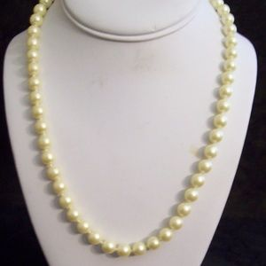 AVON Faux Pearl Necklace
